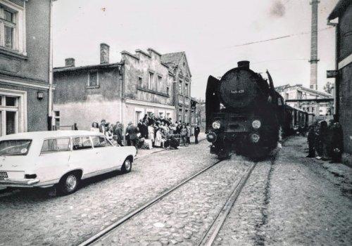 Pociąg, który wjechał w…